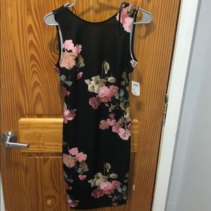 NWT Windsor Backless Bodycon Floral Dress